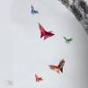 Vol de papillon en origami.